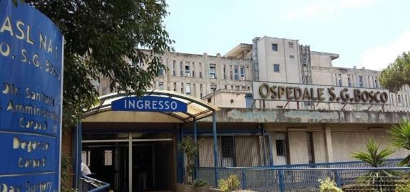 De Palma: «I nuovi contagi al San Giovanni Bosco di Napoli: 10 infermieri infettati dal virus in pochi giorni. Triste storia di un gigante dai piedi d'argilla»