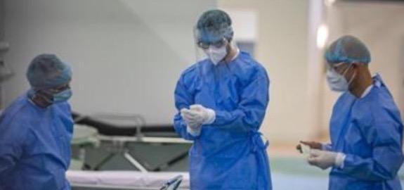 De Palma: «10 nuovi contagi di infermieri negli ultimi giorni. La guerra è ricominciata. E allora basta pacche sulle spalle e buonismi senza senso»