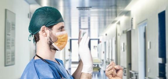 De Palma: «Ancora scenari da guerriglia negli ospedali italiani, con gli infermieri vittime ormai giornaliere di aberranti violenze».