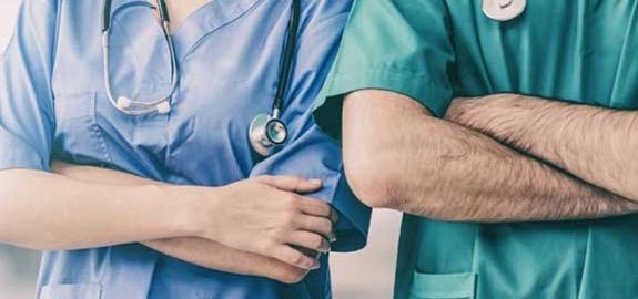 De Palma: «In una RSA di Volterra, in Toscana, undirigente medico parrebbe diventato coordinatore infermieristico. Ecco cosa dice al riguardo la legge n. 43 del 2006».