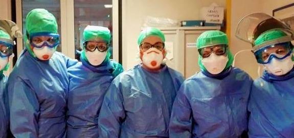 Sanita'  - Nursing Up, De Palma: «Infermieri pubblici italiani finalmente nel piano vaccini e sospensione del  vincolo di esclusività.»