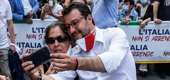 Sanità Nursing Up: «Caro Matteo Salvini, noi infermieri italiani siamo tutti Paolo Baldini…»